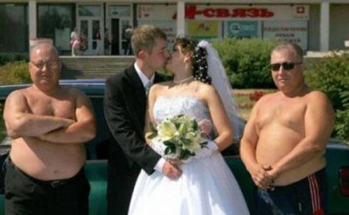 the most hilarious wedding photos ever 3