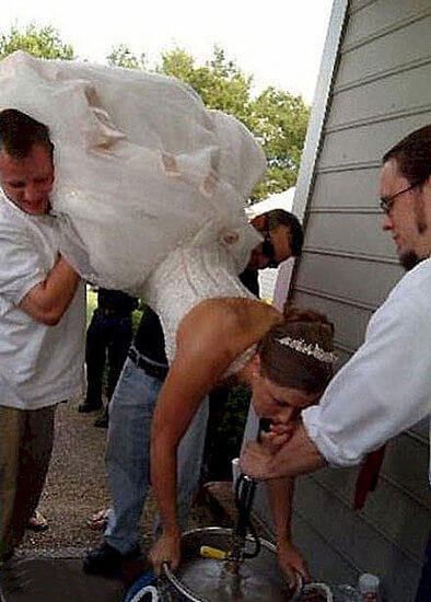 the most hilarious wedding photos ever 4