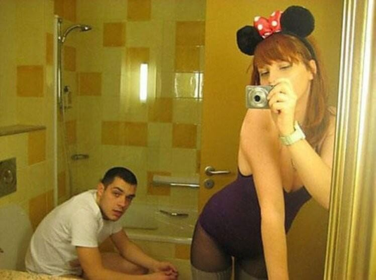 awfully awesome selfies 11