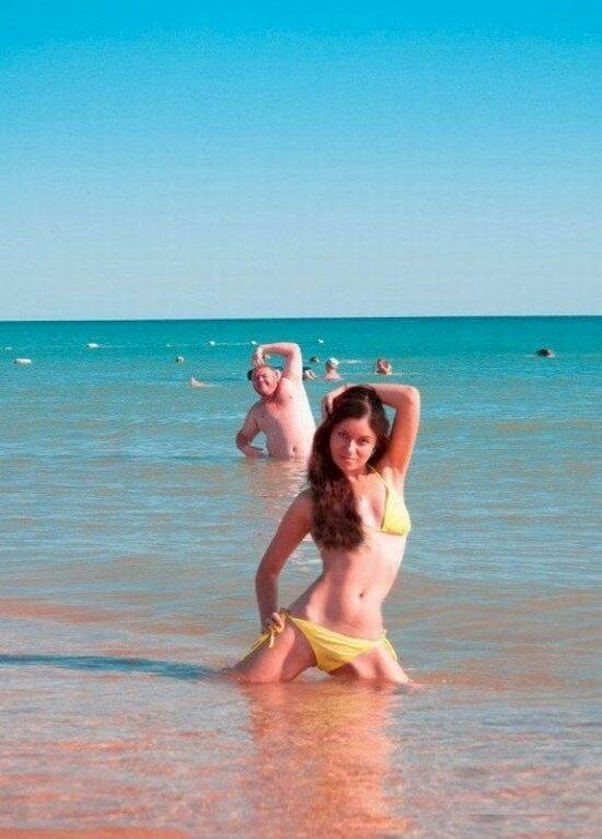 greatest dad photobombs ever 12