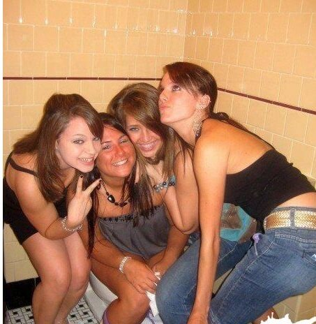 embarrassing nightclub photos 2