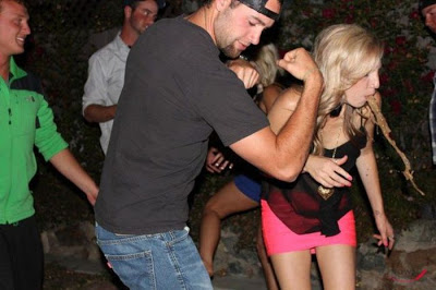 embarrassing nightclub photos 8