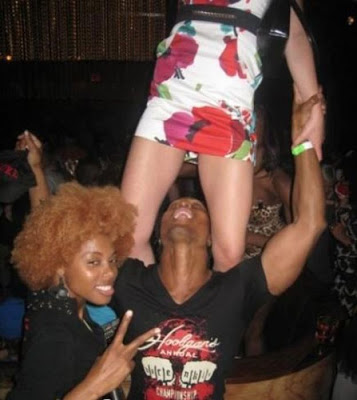 embarrassing nightclub photos 9