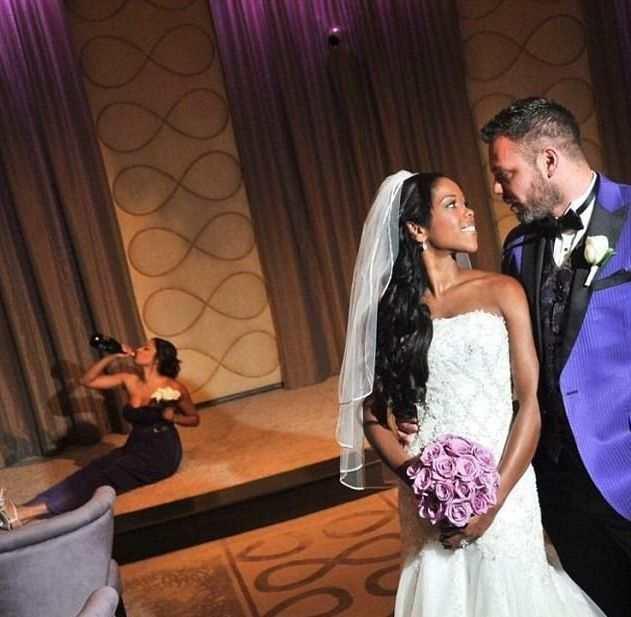 Women Outshine Bride 9